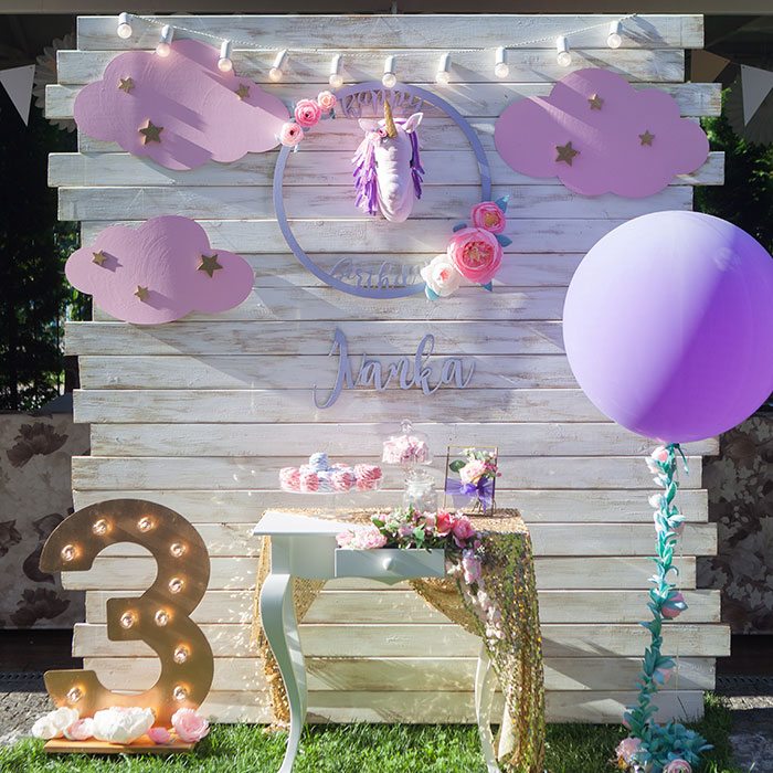 Фотозона 🦄 Фотозона на день рождения девочки в ресторане «Orly» 🦄 аренда в Киеве