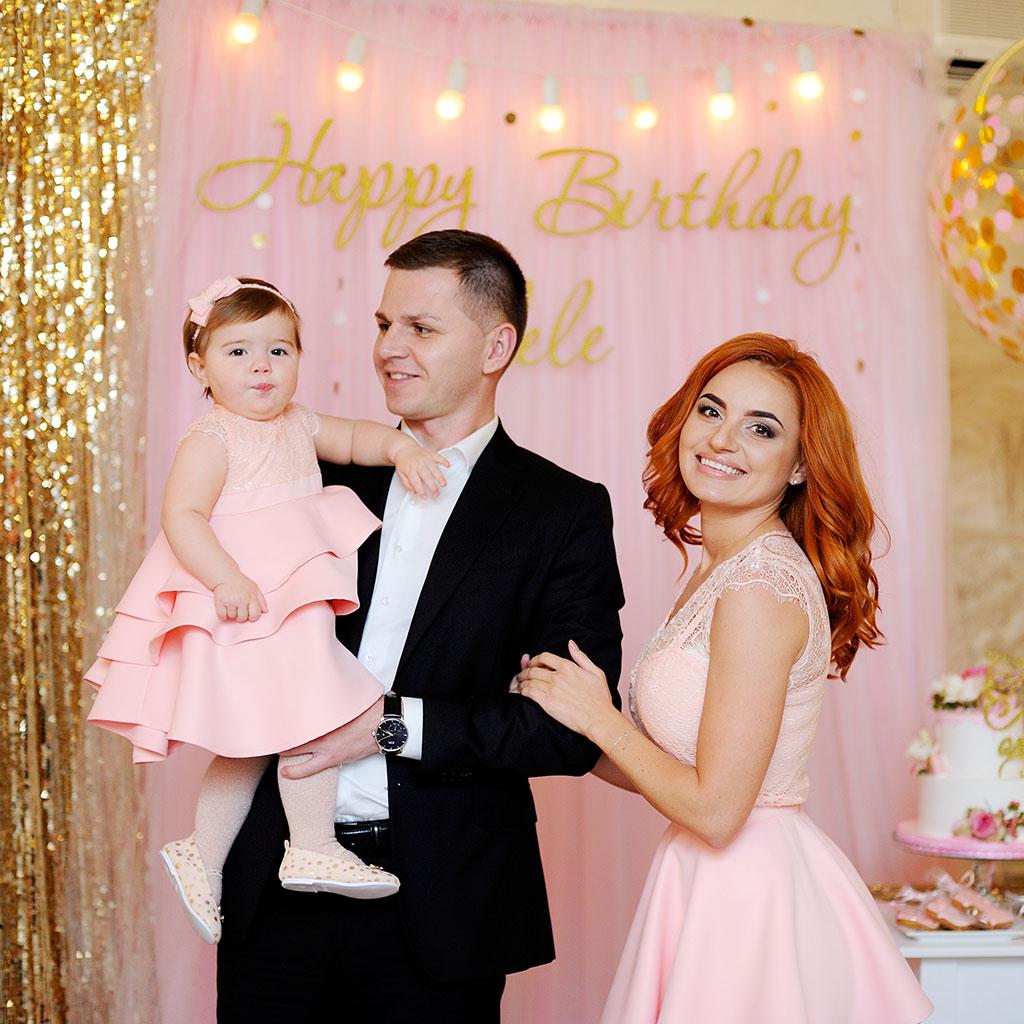 Фотозона 🌸 Фотозона на детский день рождения 🎂 в ресторане Дорадо в Киеве 🎈 аренда в Киеве