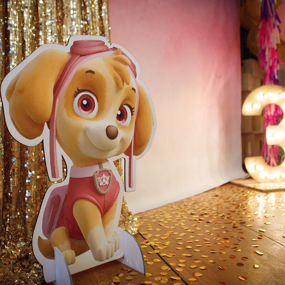 Фотозона 🎀 Золотая фотозона на детский День Рождения «Щенячий Патруль» 🐶 аренда в Киеве
